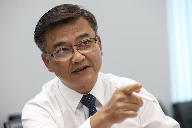 Tiến sĩ Lê Quốc Hùng, Trưởng Khoa Bệnh Nhiệt đới Bệnh viện Chợ Rẫy. Ảnh: Hữu Khoa.