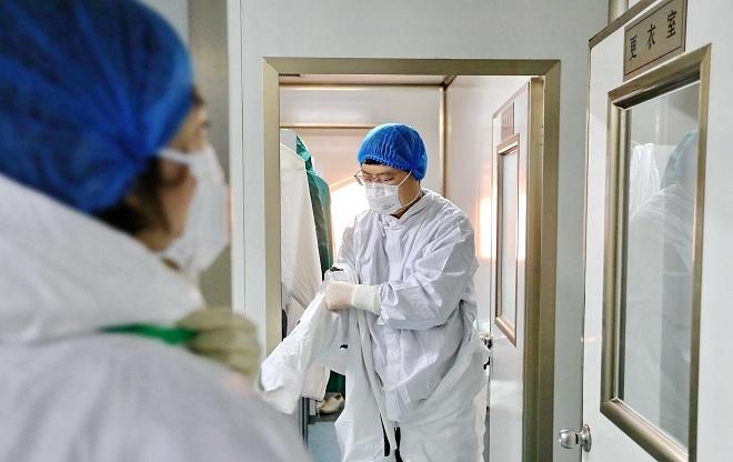 Tìm vaccine corona trong 3 giờ - ảnh 2