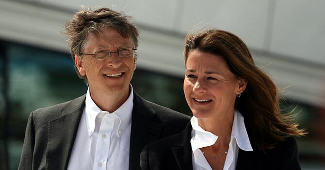 Vo chong Bill Gates dau tu dieu che vaccine