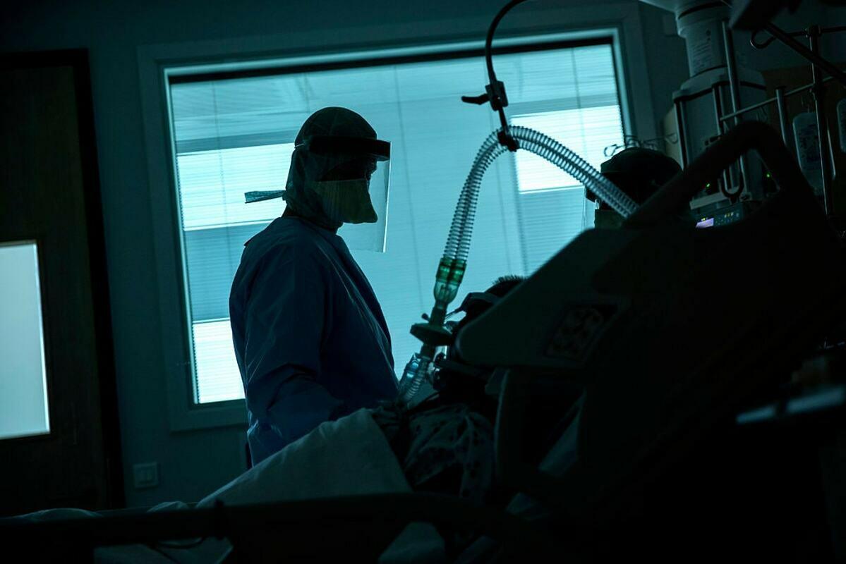 Một khu chăm sóc chuyên sâu dành cho bệnh nhân Covid-19 tại thành phốLiège, Bỉ. Ảnh: AP