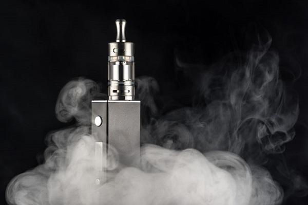 Thuốc lá điện tử vẫn tiềm ẩn nguy cơ ung thư phổi.
